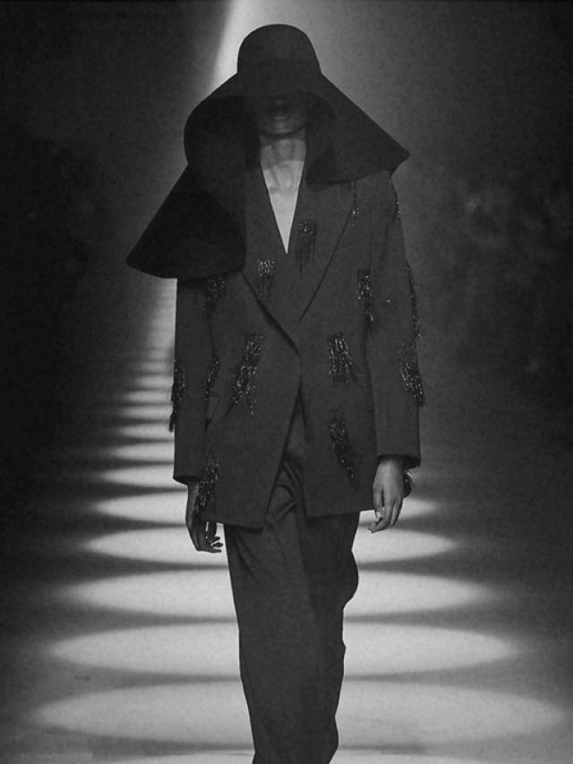 Paris Fashion Week F/W